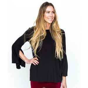 Agnes and does black bell sleeve tunic